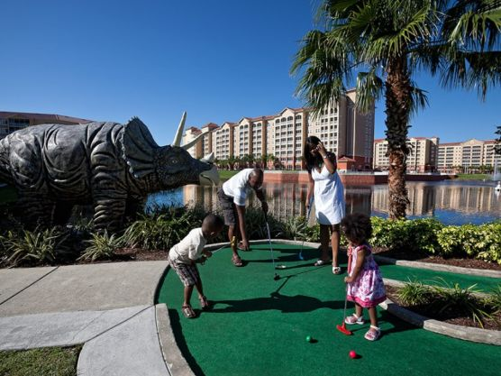 Save Money with Hotel Deals for the Family Vacation